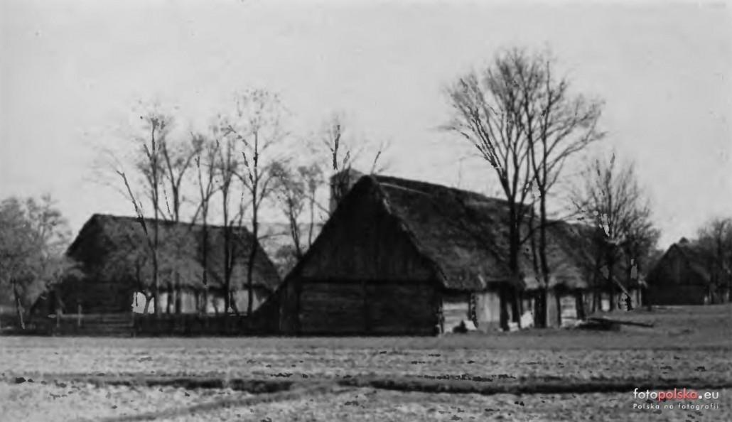 Drewniane stodoły w St. Siołkowicach - Celeiro de madeira em St. Siołkowicach